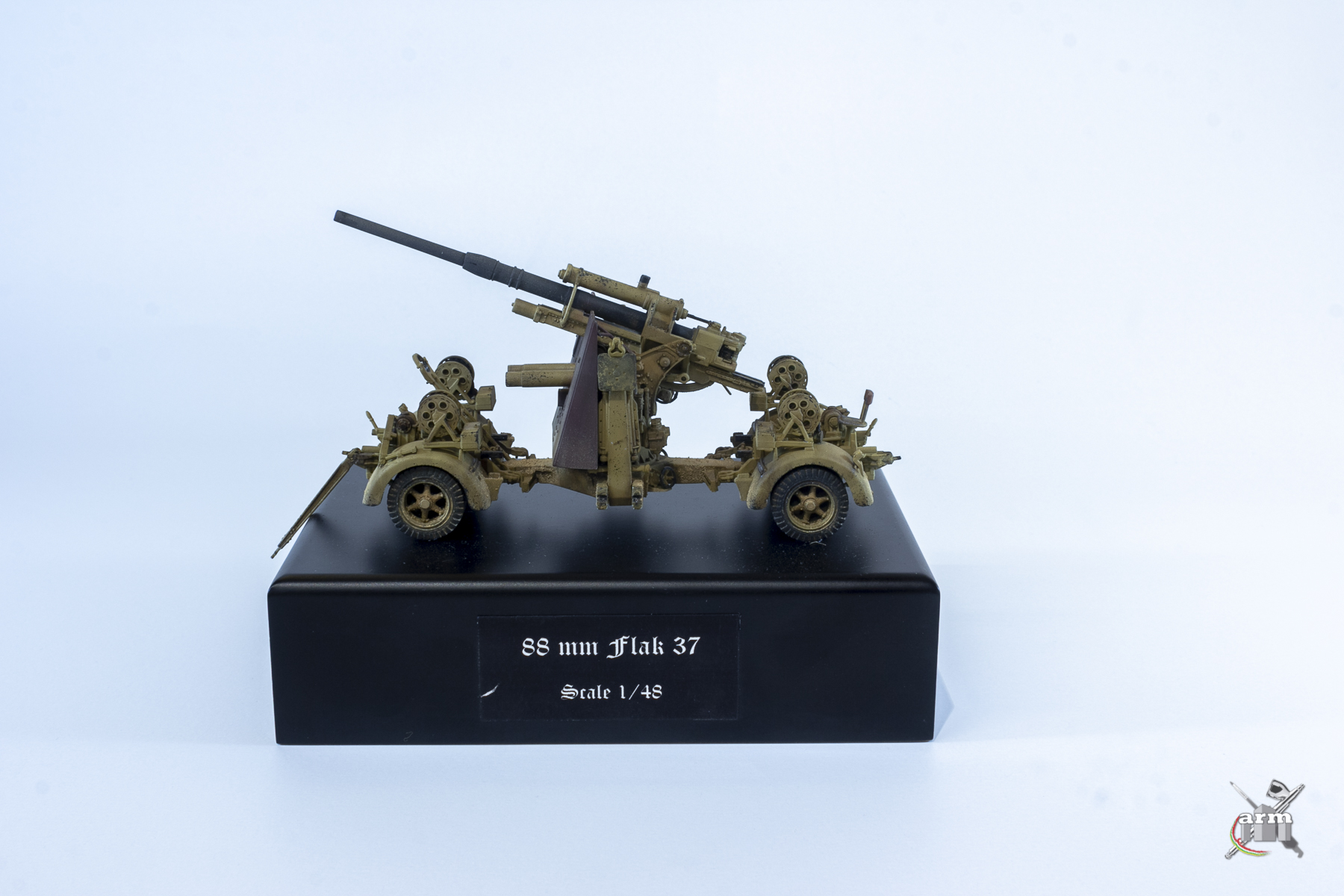 ARM18-049